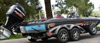 Bass Boat - Lucas Oil Right Side